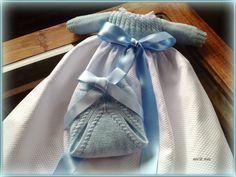 En lana, perlé y angora para bebé: Modelo 27