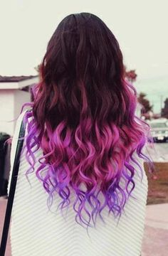 50 Trendy Ombre Hair Styles - Ombre Hair Color Ideas for Women - Hairstyles Weekly Diy Ombre Hair, Ombre Hair Color, Purple Hair, Purple Ombre, Purple Tips, Violet Ombre, Violet Hair, Pastel Hair, Purple Balayage