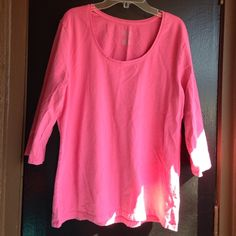 Pink mod sleeve shirt Scoop neck shirt Merona Tops Tees - Long Sleeve