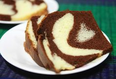 Cake marbré au chocolat moelleux au thermomix. Voici une recette de Cake marbré au chocolat moelleux, simple et facile à réaliser au thermomix.