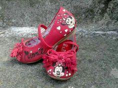 #dipinteamano #baby #scarpebimna #pezzounico