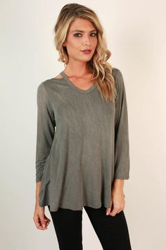 We are all smiles for this top! Pair it with jeans for a simple but still compliment worthy look! This top features a slight distressed wash to give you that effortless casual chic vibe we all love! Cut Out Top, All Smiles, Online Boutiques, Boutique Clothing, Casual Chic, Compliments, Perfect Fit, Tunic Tops, Skinny