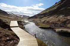 5 Hikes in Iceland for Those Short on Time - unlockingkiki.com