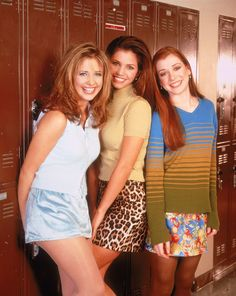 Buffy the Vampire Slayer , Sarah Michelle Gellar , Charisma Carpenter & Alyson Hannigan Joss Whedon, Alyson Hannigan, Sarah Michelle Gellar Buffy, Charisma Carpenter, Buffy Summers, Michelle Trachtenberg, Jennifer Love Hewitt, Gossip Girl, Makeup To Look Younger