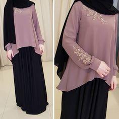 Change the hijab into more syari Modern Hijab Fashion, Abaya Fashion, Muslim Fashion, Modest Fashion, Fashion Dresses, Hijab Style Dress, Hijab Chic, Abaya Style, Moslem