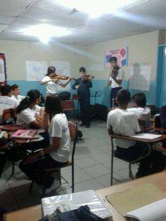 #05I02 Presentación de #JuanGriego por el Colegio Juan Griego #ElSistemaCumple40