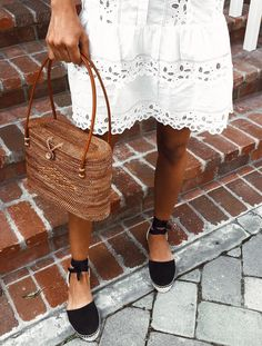 This is such a perfect Labor Day outfit! The straw bag and espadrilles, we are loving it! Major style inspiration