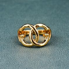 http://gemdivine.com/exaggerated-design-gold-plated-ring-double-round-shape-nickel-free-metal-ring-for-women-fashion-wedding-jewelry-sri150004/