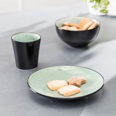 Dezertný tanier Finesse Green 21,5cm     #keramika#tanier#jedalen#kuchyna#cosyandtrendy#ranajky Cosy, Kitchen, Medium, Products, Kitchen Dining Rooms, Tablewares, Easy Meals, Essen, Cooking
