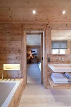 salle de bain en bois, chalet en bois habitable, jolie chalet en bois