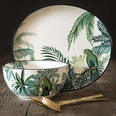 Earthenware Salad Bowl with Tropical Motif on Maisons du Monde. Pottery Bowls, Ceramic Pottery, Pottery Art, Pottery Painting, Ceramic Painting, Ceramic Clay, Ceramic Plates, Fruit Holder, Plate Design
