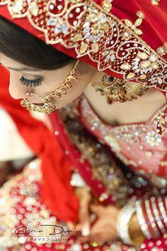 http://4.bp.blogspot.com/-r5I4UwOg6n8/T-n48GxhmFI/AAAAAAAAFaI/cIfzTIeuR5M/s1600/Rina+&+Kamal+East+Indian+Wedding+Photography+Punjabi+Sikh+Wedding+Photos+Edmonton+26.jpg