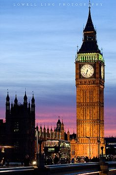 Big Ben at Night by lowell.ling, via Flickr