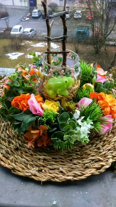 Table Decorations, Plants, Furniture, Home Decor, Flora, Interior Design, Home Interior Design, Plant, Arredamento