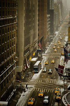 new york, new york... one of my favorite cities in the world since childhood. 'NYC, Snow' by Sunset Noir on Flickr