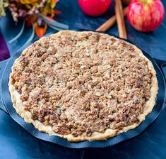 Sugar Free Zucchini Bread, Sugar Free Apple Pie, Buttery Flaky Crust, Pie Crust Uses, Apple Crumb, Organic Maple Syrup, Apple Pie Recipes, Crumble Topping, Almond Flour