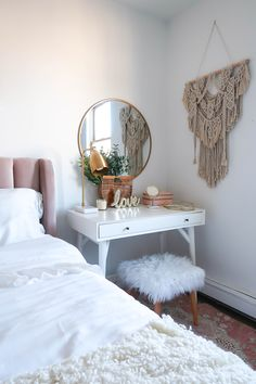 Neutral Blush + Gold Bedroom - Money Can Buy Lipstick - Today I'm sharing pos. Neutral Blush + Gold Bedroom - Money Can Buy Lipstick - Today I'm sharing possibly one of my favorite home decor reveals to date. As with most of my rede - Decor Home Decor Bedroom, Diy Home Decor, Bedroom Ideas, Master Bedroom, Bedroom Art, Bedroom Nook, Bedroom Apartment, Modern Bedroom, Bed Room