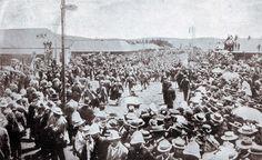 British prisoners from Nicholson's Nek on October 1889 arriving at Pretoria Racecourse The Siege, Pretoria, 30th, Battle, October, British, War, Colour, History