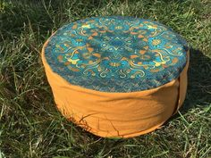 Meditační sedák plněný pohankovými slupkami oranžový + dárek Outdoor Furniture, Outdoor Decor, Pilates, Ottoman, Home Decor, Pop Pilates, Interior Design, Home Interior Design, Yard Furniture