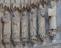 Amiens Cathedral Central Portal Jamb Figures - The Annunciation, The Visitation and The Presentation Medieval, Sculptures, Lion Sculpture, Chef D Oeuvre, Romanesque, Architecture Details, Gothic, Presentation, Arms
