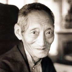 """Being aware of thoughts as they arise ~ Kalu Rinpoche http://justdharma.com/s/v9c3x  When you meditate, do not try to have good thoughts, do not try to keep away bad thoughts, do not try to stop thoughts, and do not try to go after them. Rather, rest in a state of being aware of the thoughts as they arise.  – Kalu Rinpoche  from the book """"Gently Whispered: Oral Teachings by the Very Venerable Kalu Rinpoche"""" ISBN: 978-0882681535…"""