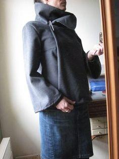Tunique-sweat-vareuse avec gros pli sur le devant