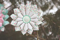 Sooo pretty paper ornaments!