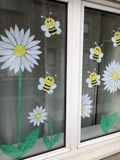 Decoration Creche, Class Decoration, Diy And Crafts, Crafts For Kids, Arts And Crafts, Summer Preschool Activities, Circle Time, Windows, Crafts