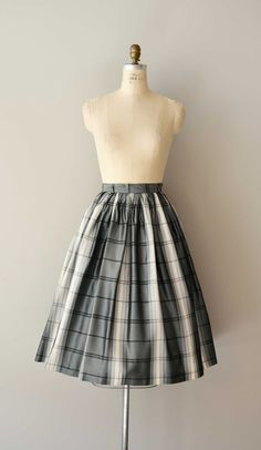 vintage 1950s skirt / A Midnight Clear