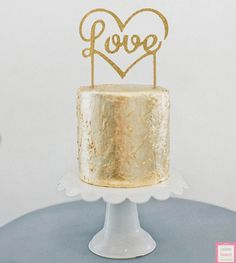 so pretty love the flowers Mint wedding cake. Wedding Cake gold wedding cake with cool cake topper. See more fabulous cakes here www. Gold Cake Topper, Wooden Cake Toppers, Wedding Cake Toppers, Wedding Cakes, Pretty Cakes, Beautiful Cakes, Amazing Cakes, Candybar Wedding, Bolo Cake