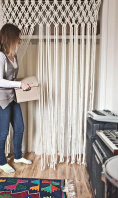 30 Lovely Macrame DIY Crafts Macrame is back and is very popular these days. If you are into crafting and creative diy stuff then this is something new and interesting to be done. Macrame Projects, Diy Projects, Curtains For Closet Doors, Hang Curtains, Kitchen Curtains, Curtain Closet, French Curtains, Brown Curtains, Ikea Curtains
