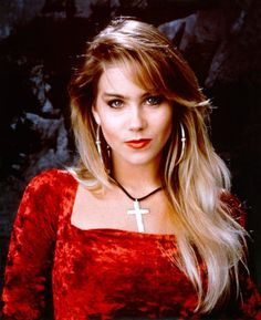 Christina Applegate - American Actress known for playing Kelly Bundy in Married With Children - born Los Angeles, California Girl Celebrities, Beautiful Celebrities, Beautiful Women, Beautiful People, Isabella Rossellini, High Society, Christina Applegate Hot, Beautiful Christina, Married With Children