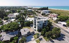 60 Steps to Sand perfectly positioned between Siesta Key Village & Public BeachVacation Rental in Siesta Key from @homeaway! #vacation #rental #travel #homeaway