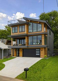 Inside a stunningly gorgeous mountain modern home on Lake Minnetonka #house #architecture