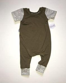 Baby Clothing Olive bamboo romper gender neutral baby outfit by littlecubsew Bab. - The most beautiful children's fashion products Baby Outfits, Kids Outfits, Gender Neutral Baby Clothes, Cute Baby Clothes, Summer Clothes, Organic Baby Clothes, Baby & Toddler Clothing, Newborn Clothing, Kids Clothing