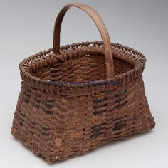Decorated woven splint gathering basket, white oak.  Love the rim.  Need to try rim technique next time  I weave a basket.