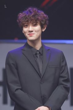 Chanyeol - 170216 4th EDaily Culture Awards  Credit: Time Machine. (제4회 이데일리 문화대상)