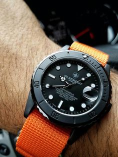 Blackout Darkshield - Life and personal care Panerai Watches, Old Watches, Fine Watches, Sport Watches, Watches For Men, Stylish Watches, Casual Watches, Luxury Watches, Seiko Mod