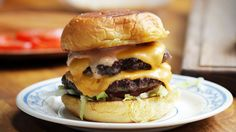 Double Cheeseburger (as made by Erik Anderson) - YouTube