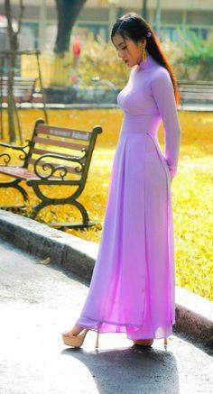 Vietnamese Wedding Dress, Ao Dai, Colour, Wedding Dresses, Fashion, Color, Bride Dresses, Moda, Bridal Gowns