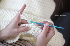 Crochet Even Moss Stitch Blanket By Sarah - Free Crochet Pattern - (repeatcrafterme)