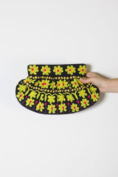 Moyna flower embroidery clutch bag