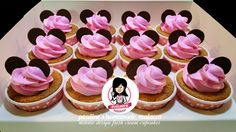 Minnie design fresh cream cupcakes
