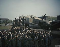 LANCASTER CELEBRATES ITS 100TH OPERATIONAL FLIGHT, WADDINGTON, LINCOLNSHIRE, MAY 1944