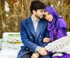 حلالي.  Muslim couple