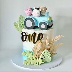 """Anderson l CAKE INFLUENCER on Instagram: """"🇺🇸Rate 1 to 10 🇵🇹De 1 à 10 que nota darias : Credit l Artist: @hello.cakers : 📥Dm us for Promo - Advertising to boost your business✅…"""" Barnyard Cake, Advertising, 1, Birthday Cake, Instagram, Artist, Desserts, Cake Ideas, Note"""