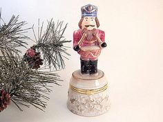 Trinket Dish Nutcracker Soldier Ceramic by SpringJewelryThings