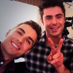 Dave Franco and Zac Efron in one picture is too hot to handle