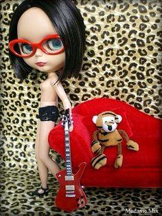 #Rock #Guitar #Doll #Blythe #Muñeca #SemiNude #Nude