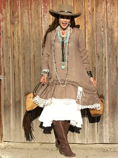 ❤ Cowgirls Fashions Western Style Coco with Creme Tulip Slip